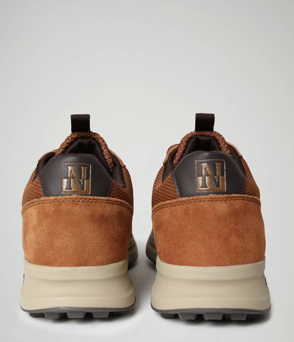 F0SLATE02/SUE RAINDRUM BROWN